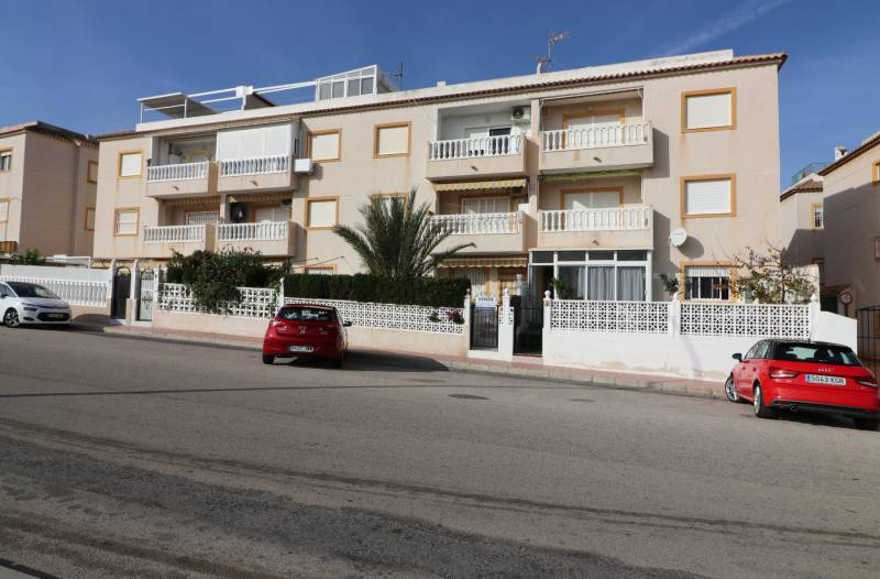 Apartment / Flat - Second hand - Torrevieja - Torreblanca